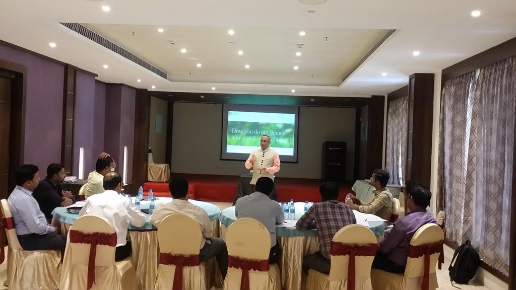 SY Kumar Corporate Training Classroom Leadership Sales Behaviour